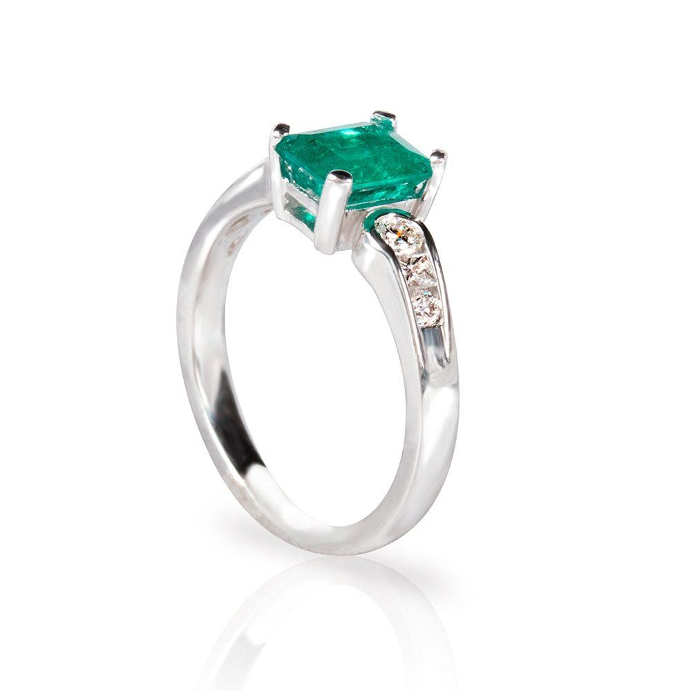 joyeria-karch-anillo-esmeralda-y-diamantes3jpg