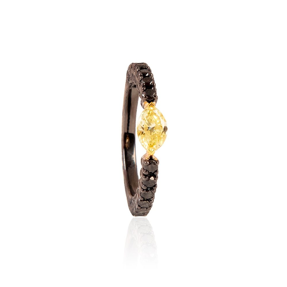 joyeria-karch-anillo-diamantes-negrosyamarillo